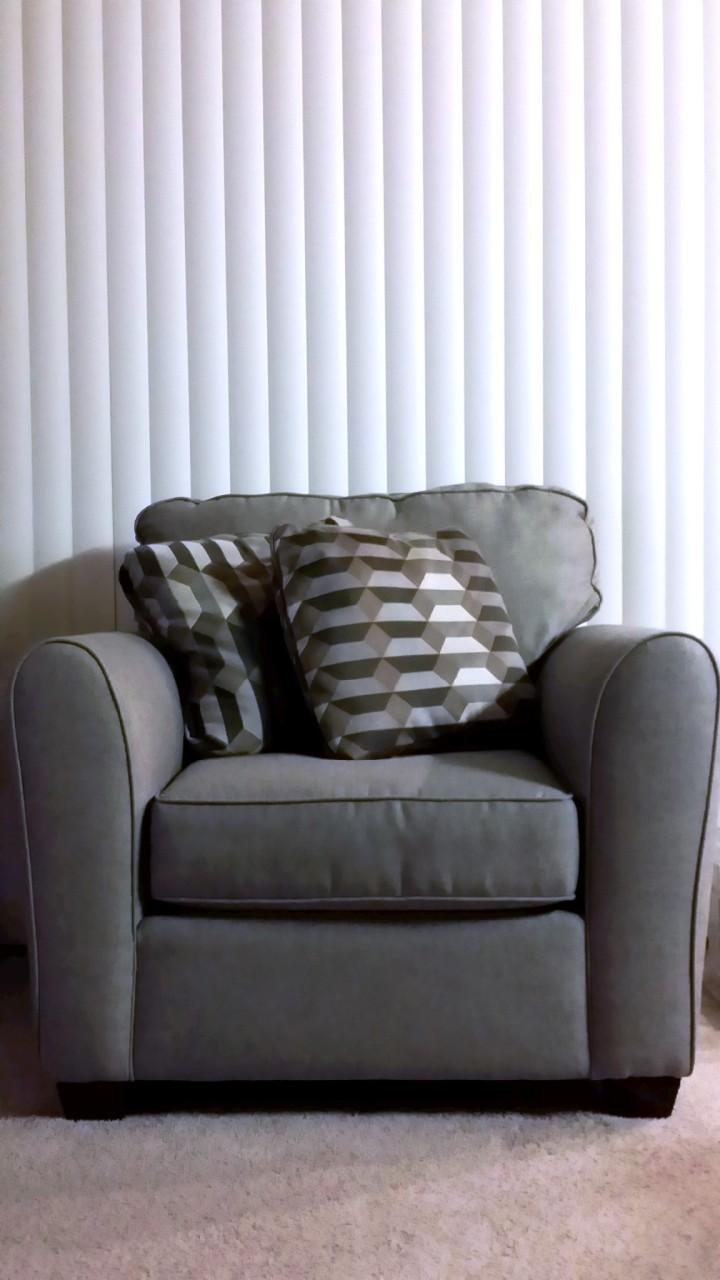 Beige minimalism full size