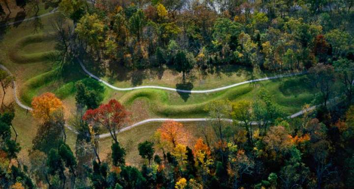 Great Serpent Mound, Ohio, USA http://ohiowins.com/great-serpent-mound/